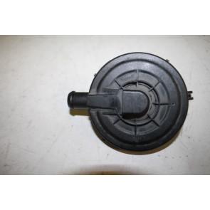 Klep ontluchting van cilinderblok Audi S4, A6, S6, A8, S8 Bj 98-09