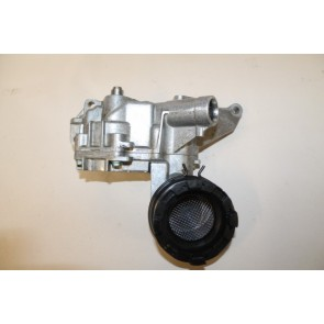 0555507 - 077115105D - Oliepomp 3.7/4.2 V8 benz. Audi A6, S6, A8, S8 Bj 98-03