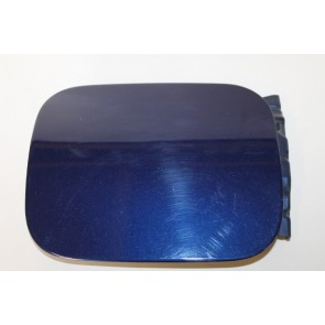 0555530 - 8D5809905 - Tankklep donkerblauw metallic Audi A4, S4 Bj 95-01