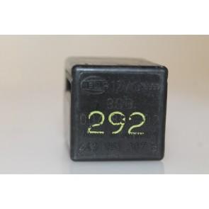 0557475 - 443951307B - Relais/Zoemer