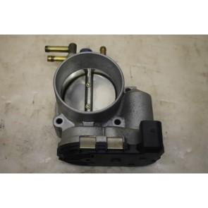 Gasklephuis 2.4-3.0 V6 benz. Audi A4, A6, A8 Bj 98-08