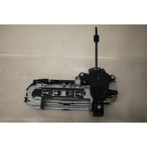 Steunbeugel met opening voor slotcilinder LV Audi A4, S4 Bj 01-05