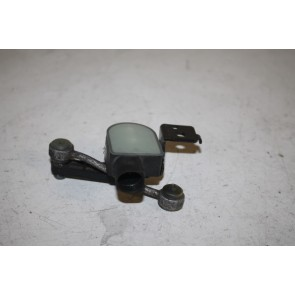 Niveausensor met stangenstel. LV Audi TT, TTS Bj 07-10