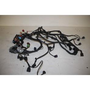 Kabelset motor 2.0 benzine Audi A4 Bj 05-08