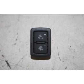 Druktoets alarmsysteem zwart div. Audi modellen Bj 03-16