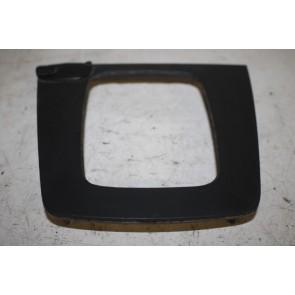 Onderstuk bevestigingsframe zwart Audi A4, S4 Bj 01-09