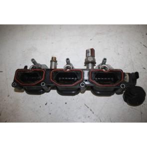 Inlaatspruitstuk onderstuk links 3.0 V6 TFSI benz. Audi A4, S4, A5, S5, A6, A7, A8, Q5, Q7 Bj 07-17