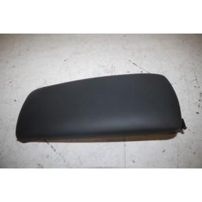 Armleuning (bovenstuk) zwart div. Audi modellen Bj 01-09