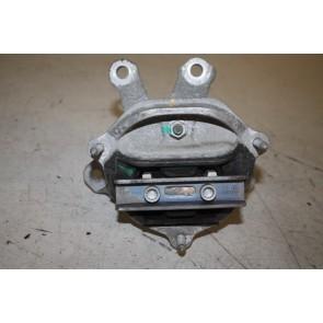 Versnellingsbaksteun 1.8/2.0 TFSI benz. Audi A4, A5, A6, Q5 Bj 09-17